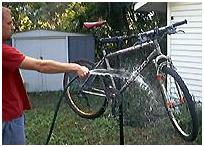 http://www.2qbike.com/images/limpiar bicicletas.jpg